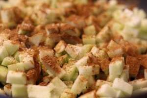 diced granny smith apples, cinnamon