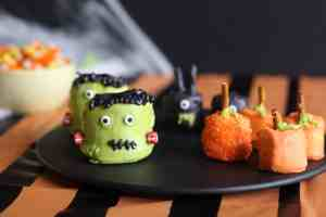 Halloween treats, marshmallow treats, easy chocolate treats