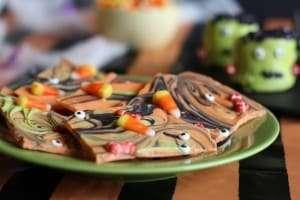 easy halloween treats, chocolate bark