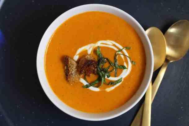 homemade tomato soup, amandas plate homemade tomato soup
