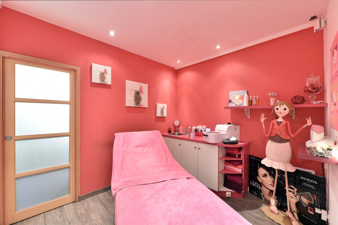 Cabine de soin rose