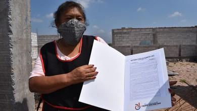 Photo of Gobierno de Pedro Escobedo regularizó con escrituras a 70 hogares
