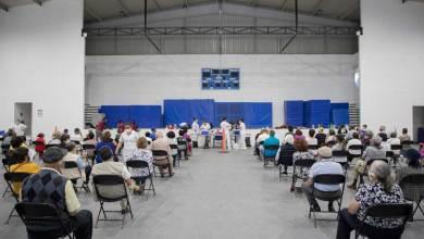 Photo of En Corregidora adultos mayores de 50 años ya reciben la vacuna