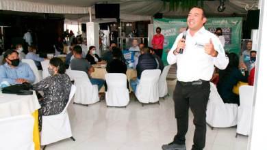 Photo of Docentes son aliados para poner adelante a San Juan: Roberto Cabrera