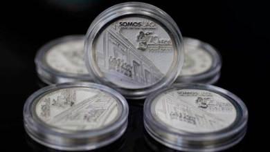 Photo of UAQ inmortaliza celebración de 70 aniversario con moneda conmemorativa