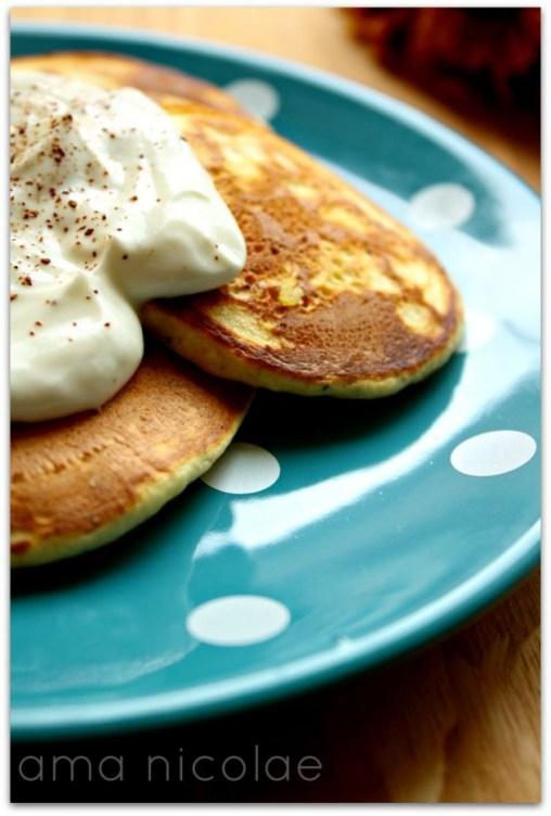pancakes cu lamaie si mac