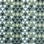 tissu-scandinave-triangles-gris-noir-créations-textiles-bebes-enfants-amanite-rose