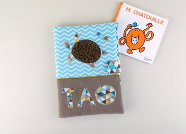 protege-carnet-sante-bebe-personnalise-prenom-tao-tortue-cadeau-naissance-bapteme