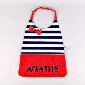 serviette-table-fille-cantine-personnalise-prenom-agathe-rouge-marin-bavoir-maternelle