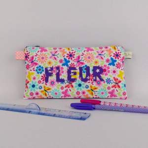trousse-fille-personnalisee-prenom-fleur-rose-violet-fleuri-liberty-rentree-des-classes-trousse-ecolier-prenom