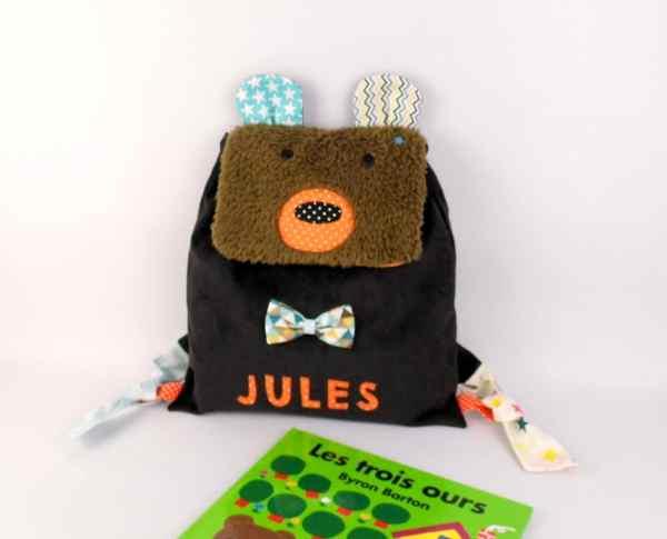 sac-maternelle-enfant-personnalisable-prenom-jules-ours-brun-marron-orange-bleu-turquoise-sac-a-dos-bebe-rentree-des-classes-cadeau-bapteme-naissance