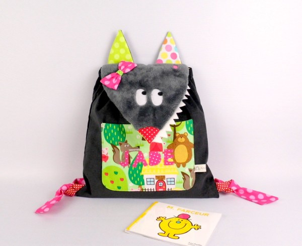 sac-personnalise-jade-enfant-ecole-maternelle-sac-a-dos-personnalise-prenom-personalized-name-wolf-backpack-kids-preschool