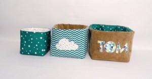 corbeilles-tissu-rangement-produit-bebe-couches-personnalises-couleurs-prenom-gris-bleu-marine-bleu-canard-beige