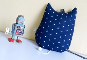 boite-a-musique-hibou-deco-chambre-bebe-gris-bleu-marine-etoiles