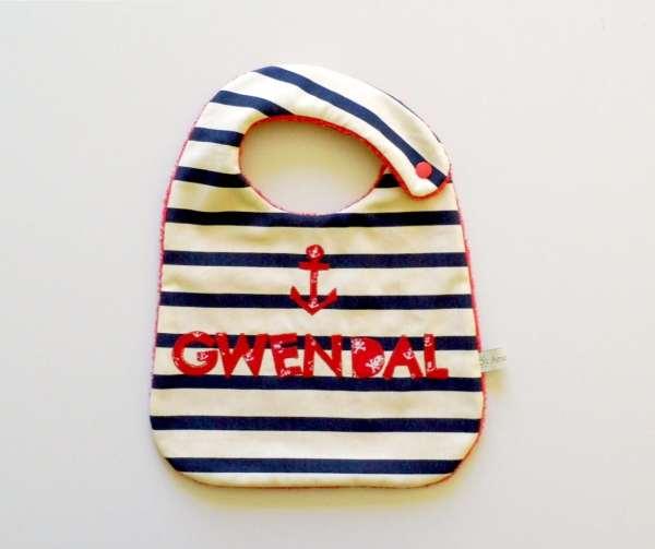 bavoir-prenom-gwendal-personnalise-style-marin-cadeau-naissance-noel
