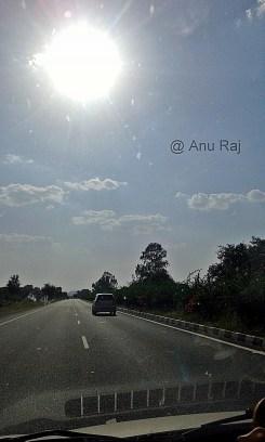 Lovely road stretch - NH 19 (Fatehpur Sikri - Jaipur)