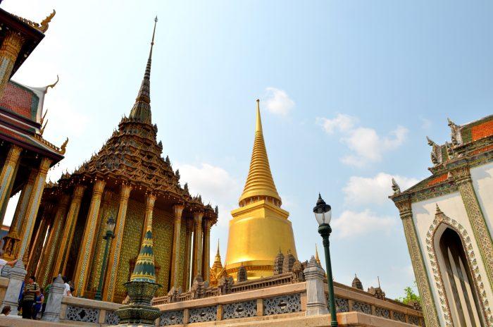 Grand palais à Bangkok, ce qui est doré est en or