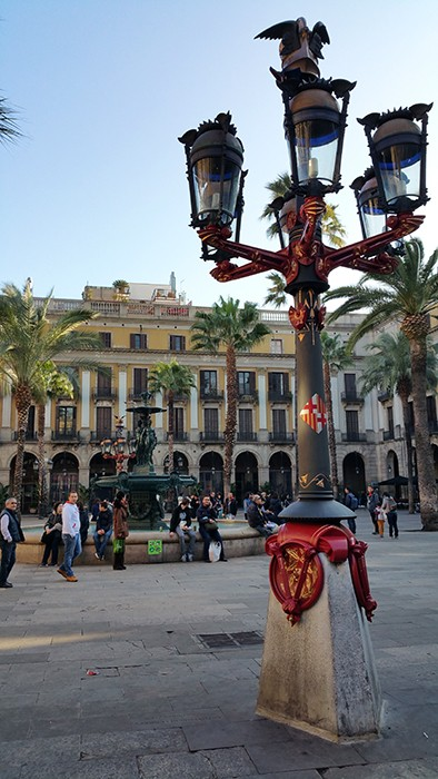 Le lampadaire créé par Gaudi