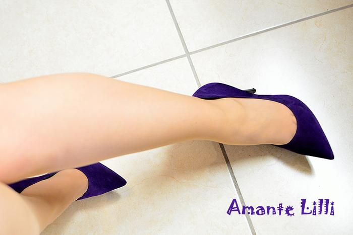 AmanteLilli-FootFetish-Casadei-01