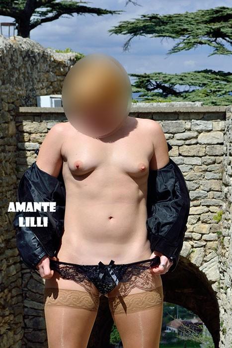 AmanteLilli-coquine-nue-exhib-village-04