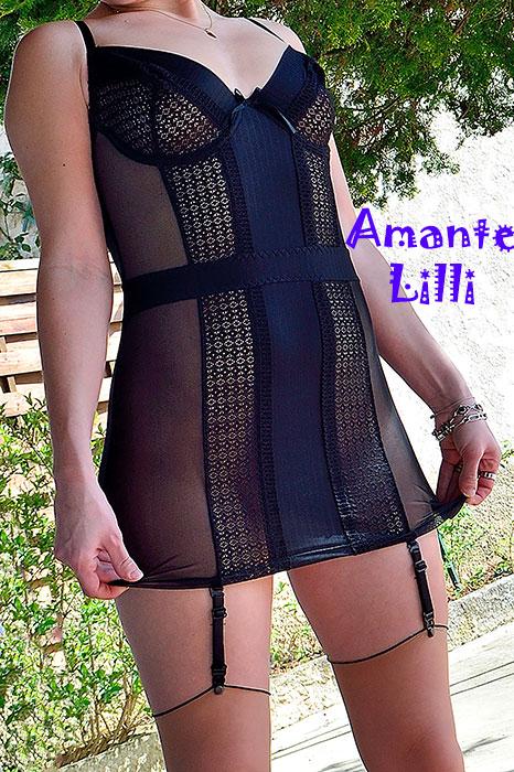 AmanteLilli-exhibe-lingerie-Casmir-Harriet-dans-la-rue-03