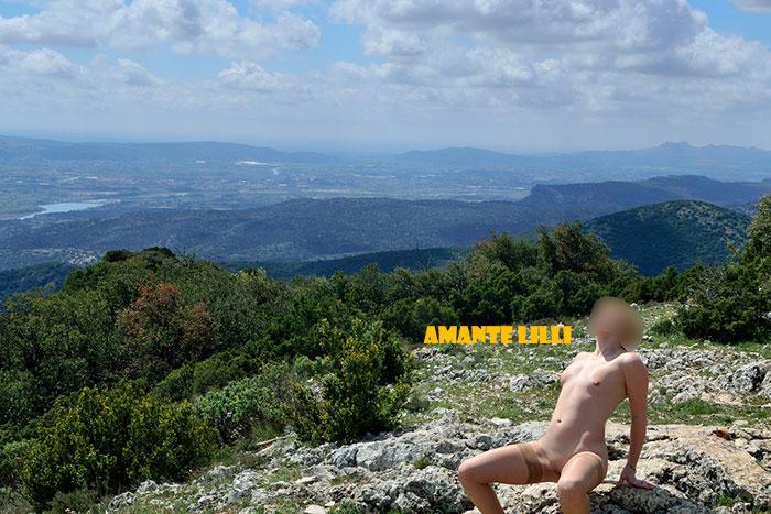 AmanteLilli-exhibe-nue-garrigue-provence-coquine-07