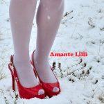 Il n'avait plus neigé dans le Var depuis 2015 ! L'occasion de mettre sa lingerie de Mère Noël coquine et de s'amuser dans la neige !