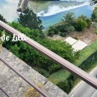 [Exhib] A demi-nue sur le pont