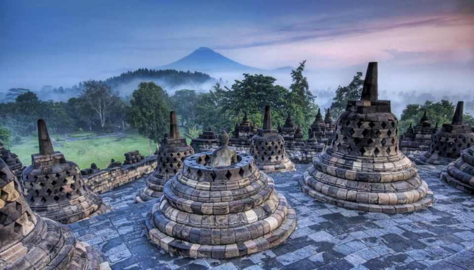 Java-conjunto de Borobudur