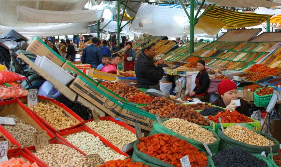 Mercado em Bishkek