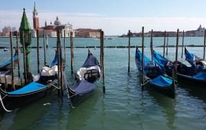 Gondolas em Veneza
