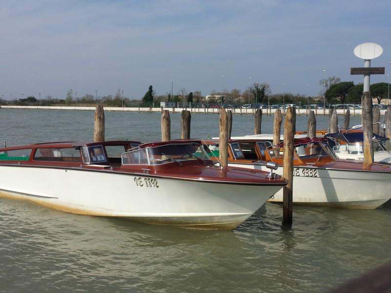 Táxi-Barco em Veneza