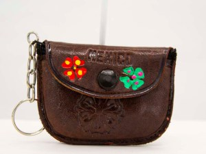handmade-mexican-artisanal-tooled-leather-coin-purse-pouch-013