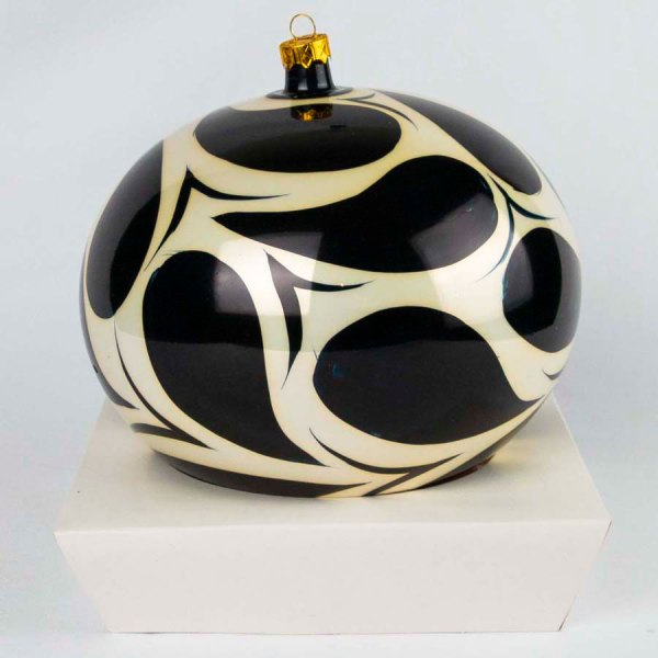 hand-made-blown-glass-christmas-balls-ornaments-019