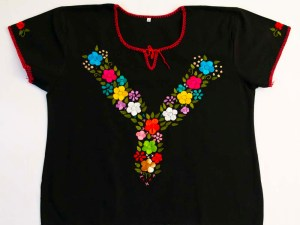 traditional-embroidered-mexican-blouse-005