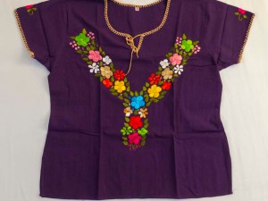 traditional-embroidered-mexican-blouse-024