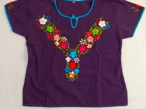 traditional-embroidered-mexican-blouse-028