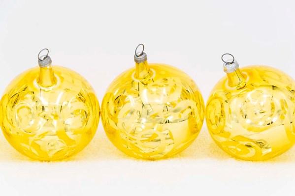 hand-blown-christmas-glass-balls-ornaments-068