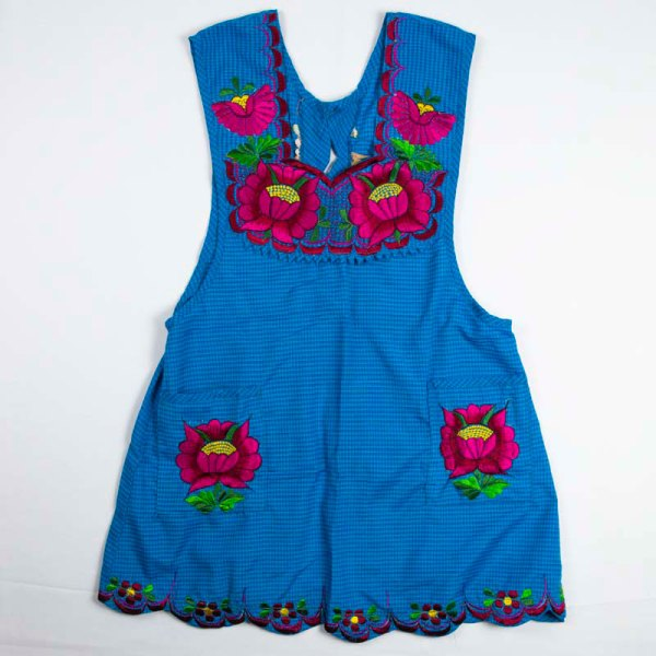 hand-embroidered-aprons-003