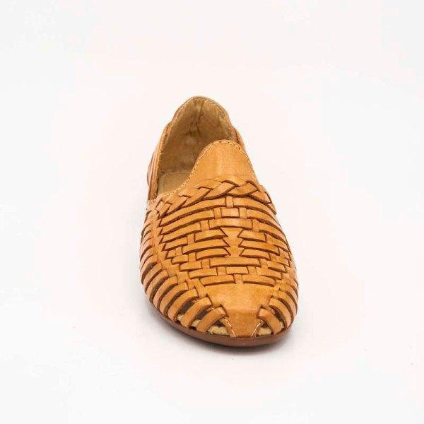 amantli-handmade-mexican-huarache-sandal-shoe-low-sole-benita-honey-upper-view-076
