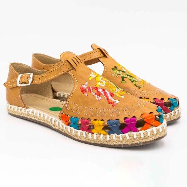 amantli-handmade-mexican-huarache-sandal-shoe-low-sole-camelia-honey-pair-view-079