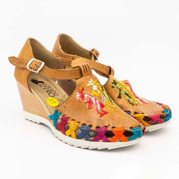 amantli-handmade-mexican-huarache-sandal-shoe-medium-sole-camelia-honey-pair-view-059