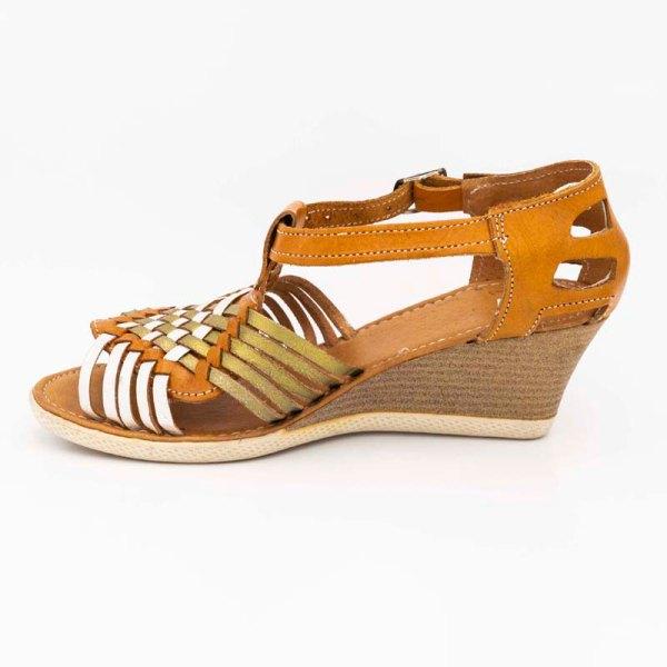 amantli-handmade-mexican-huarache-sandal-shoe-medium-sole-erika-honey-pair-view-047