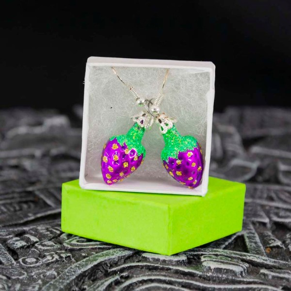 strawberry-hand-blown-glass-purple-earrings-031
