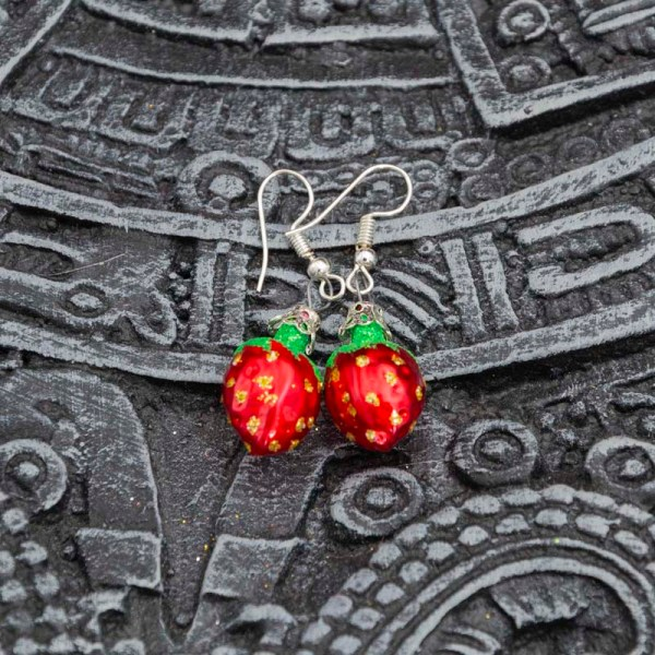 strawberry-hand-blown-glass-red-earrings-018