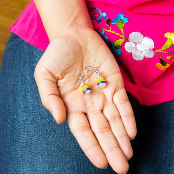 twirl-hand-blown-glass-pink-yellow-blue-earrings-094