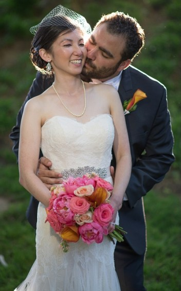 bride_groom_pink_flowers