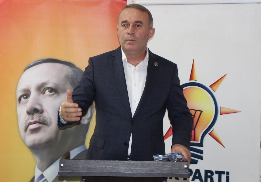 """AK Parti İl Başkanı Kesmekaya: """"2023 hedefine teşkilatlarımızla hazırız"""""""