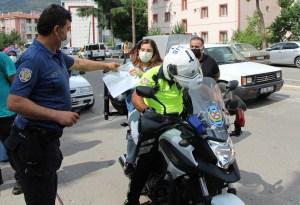 Polisin çabası kimliğini kaybeden Busenur'u sınavın girmesine yetmedi