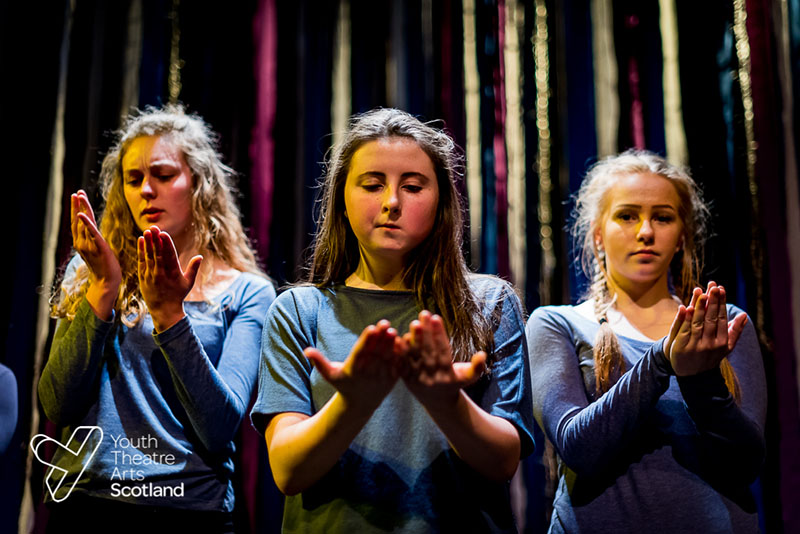 Beacon Young Company - How to Save the World…ish - Thu 16 November 2017 - Traverse Theatre, Edinburgh (Photographer: Andy Catlin www.andycatlin.com)